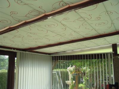 Stores de toiture de véranda - Estreux