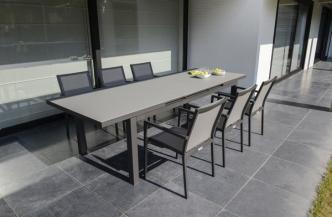 Table CALVI en aluminium et verre dépoli – Bridge de table BARI en aluminium et textylène