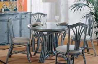 Chaise 519 en rotin – Table 563 en rotin
