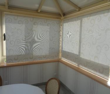 Stores intérieurs de toiture et fenêtre de véranda - Viry Noureuil