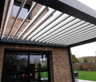 Pergola Bioclimatique et store screen - Templeuve