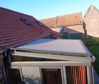 Store de toiture de véranda - Coutiches