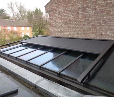 Store de toiture de véranda - Douai