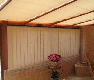 Stores de toiture et fenêtre de véranda - Beaumetz les loges