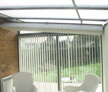 Store intérieur de toiture de véranda - Labeuvrière