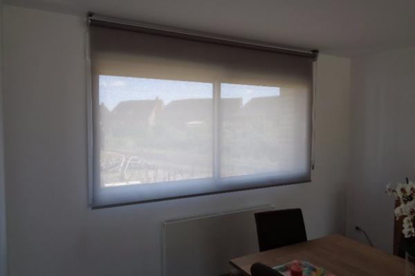 Stores de fenêtre de maison - Hazebrouck