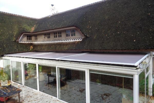 Store de toiture de véranda - Morbecque