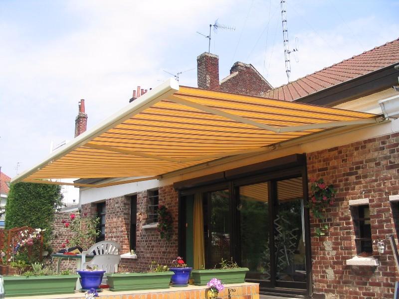 store de terrasse avec lambrequin lambersart. Black Bedroom Furniture Sets. Home Design Ideas